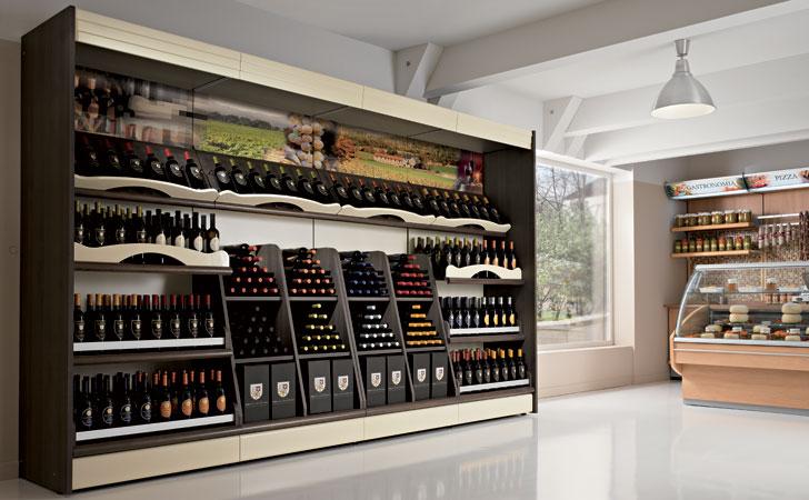 Arredamneto per negozio di alimentari e enoteca olbia for Arredamento enoteca wine bar