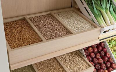 Arredamneto per negozio di alimentari e enoteca olbia for Arredamento ortofrutta in legno