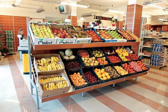 Arredamneto per negozio di alimentari e enoteca olbia for Arredamento frutta e verdura